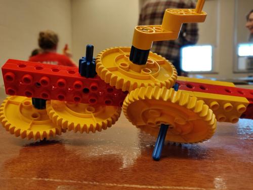 Lego tol